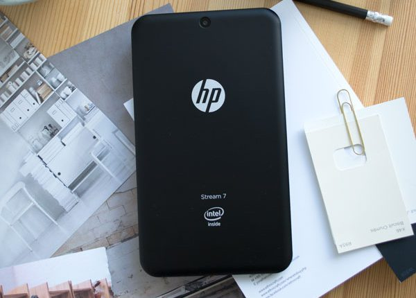 HP Intel Stream 7 Tablet Behind The Scenes Stylist