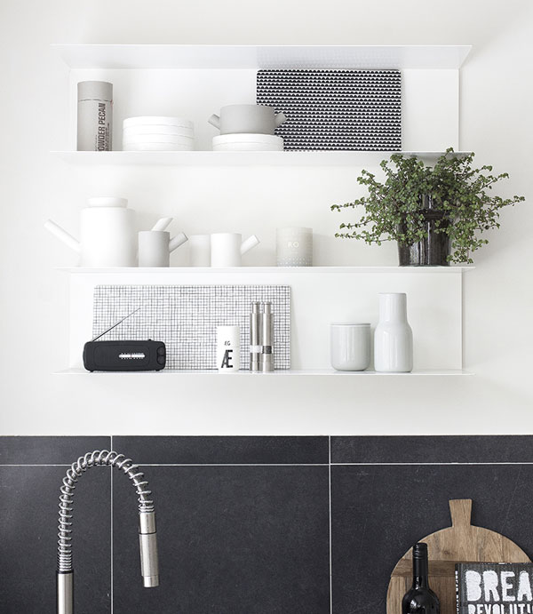 Ikea-open-shelf-kitchen-beeldsteil-styling-photography