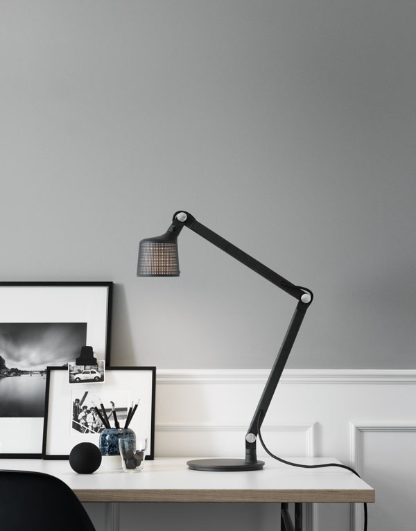 Vipp521-TableLamp-Living01-High-Minimalist-Lighting