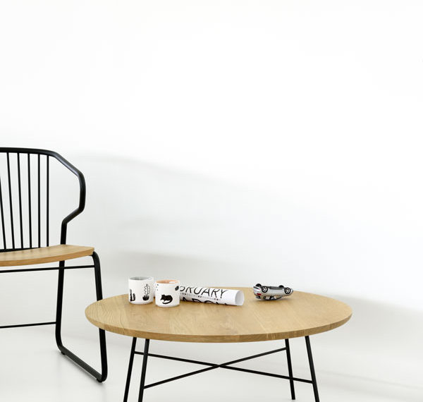 Universo Positivo Belgian minimalist furniture design, round Disc coffee table