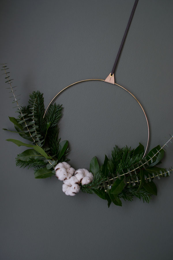 Short of time this festive season? Find out how to make a minimal Christmas wreath using long lasting greenery for a Scandinavian inspired look.