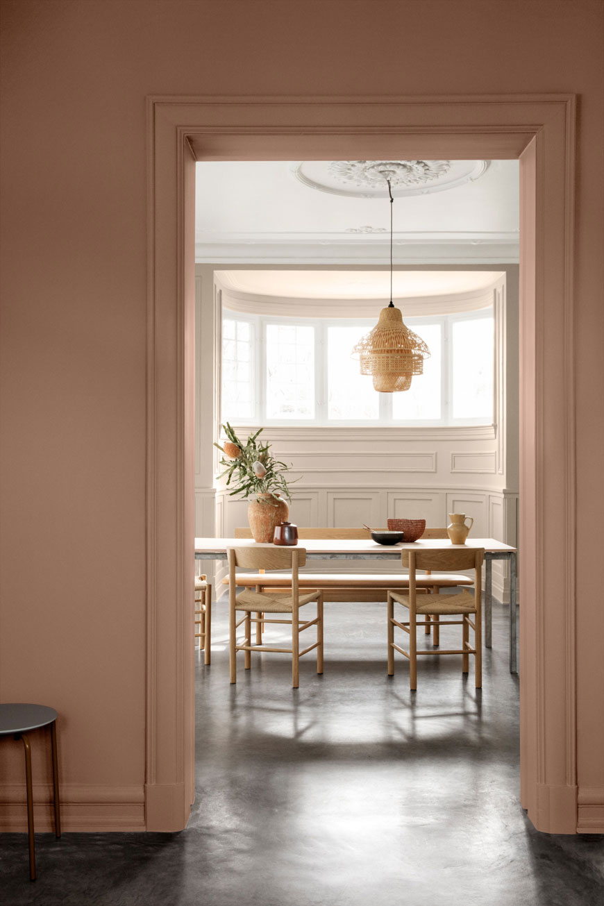 how to use colour in a minimalist home, soft pink tones, Jotun paint