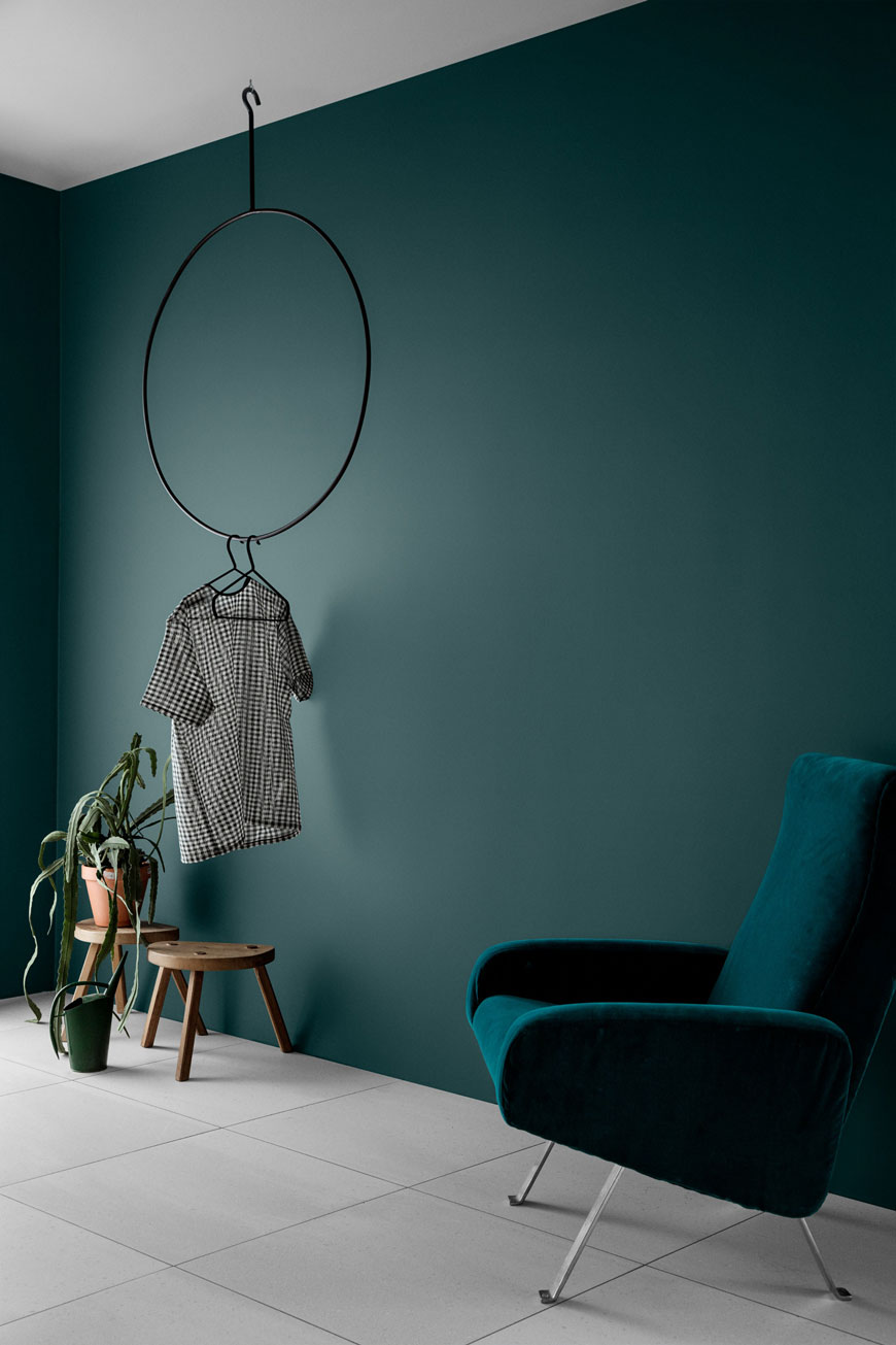 how to use colour in a minimalist home, dark teal walls, Jotun paint