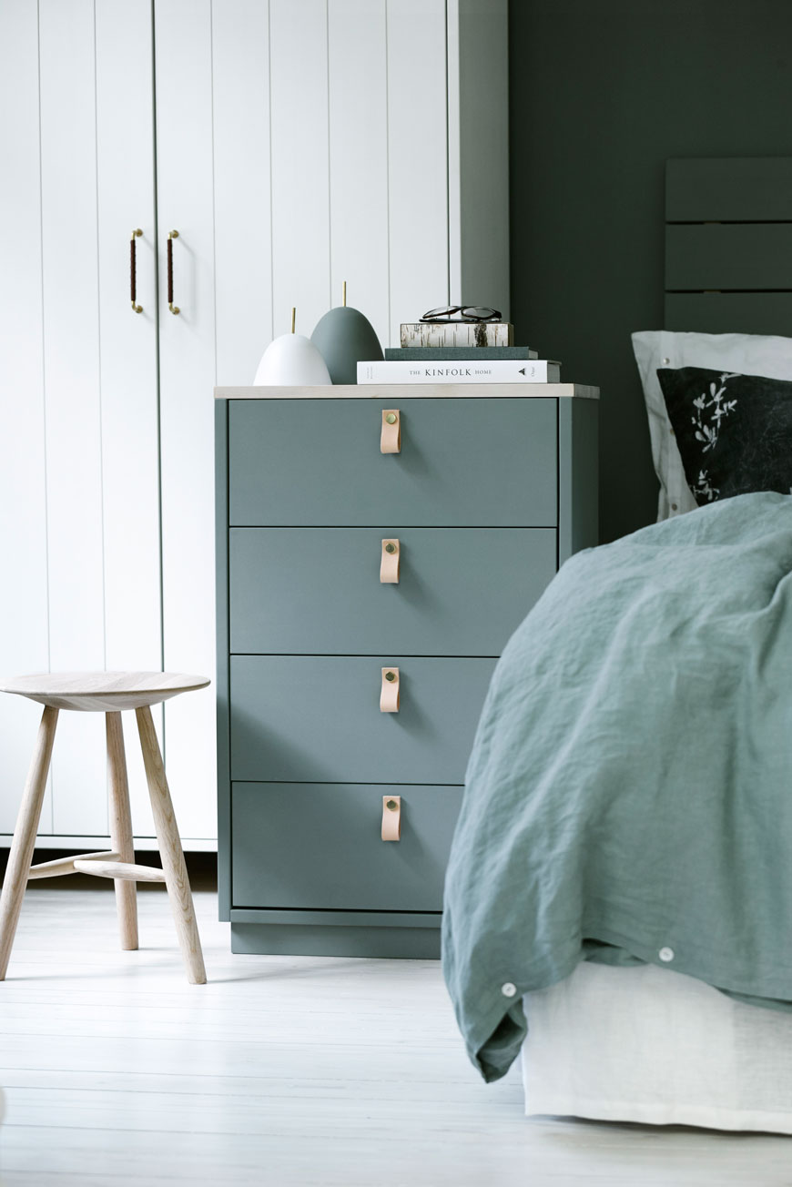 Green wooden chest of drawers, designed by Norrgavel, sustainable Swedish design.