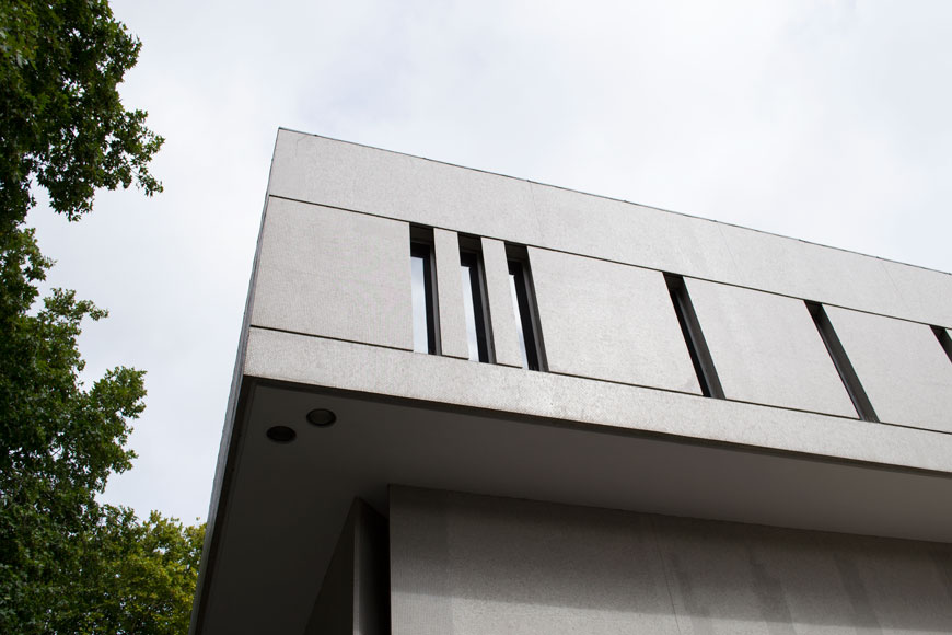 The Royal College of Physicians, designed by Denys Lasdun, Cos x The Gentlewoman, Glimpses of the Future, architectural tour of modernist architecture in London