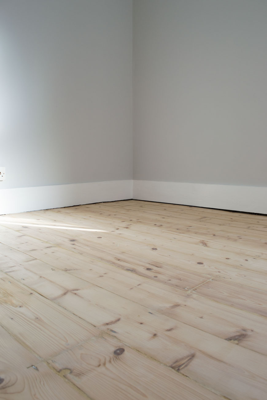 how to whitewash wooden floors, OSMO UK floor oils, wooden floorboards, pine floorboards, whitewashed wood floor