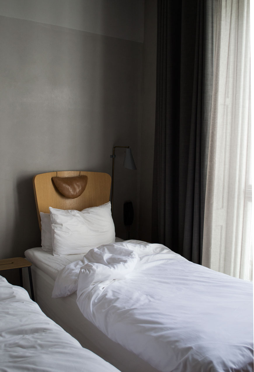 A moody and minimal grey bedroom at Copenhagen design hotel SP34 during 3daysofdesign